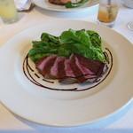 スコルピオーネ 吉右 - 2012/08 京都牛イチボ肉の炭火焼 ルーコラとバルサミコ