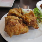 四季紅 - 生ビールセットの鶏肉の唐揚げ 12.08.07.