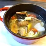 daininguryuu - スズキのポアレ             あさりと野菜のスープ仕立て