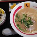 ふくちゃん - 料理写真:角煮丼セット(角煮1個) 1060円