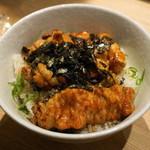 クオン - 2012.8 串焼き屋の炭火焼鳥丼(780円)