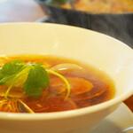 麺彩キッチン あひる食堂 - はまぐり柚子醤油らぁ麺