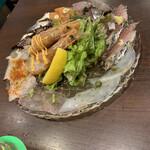 魚とワイン はなたれ The Fish and Oysters - 魚塊カルパッチョ