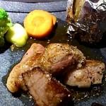 朱鯱 - 村上牛のステーキ