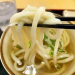 手打ちうどん ひさ枝 - 中太麺
