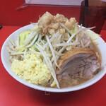 ラーメン二郎  - 料理写真:多め 300g