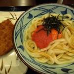丸亀製麺 - (2012/7月)「明太釜玉うどん(並)」(380円)と「ハムカツ」(120円)