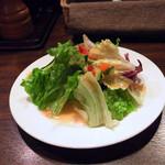 Roti - ランチのサラダ