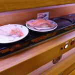 回転寿司 やまと - 自動レーンです。