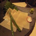 142675935 - 蕎麦の刺身