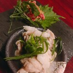 焼肉 芝浦 - 前菜盛り合わせ(なめろう、ホルモン煮込み)