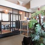 Tsuruya - 店内