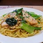142689963 - サーモンと小松菜の豆乳パスタ