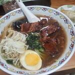 なにや - 料理写真:角煮麺900円