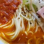 142712319 - 白い麺