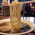 風雅 - 卵入り中太の自家製麺