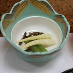 旅館 焼乃湯 - 季節の山菜盛り合わせ