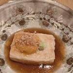 SHARI - 焼き胡麻豆腐 生雲丹添え