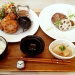ハンバーグカフェ ナリスケ - 料理写真:いろいろいっぱいお得Fセット(1,380円)