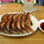 大阪王将 - 木曜日は餃子の日、1人前160円×2