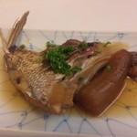 14275111 - つき出し(鯛かま煮)