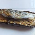 アル・ケッチァーノ - 稚鮎の田楽仕立て。養殖だがこれはなかなか面白いうえに美味しかった。
