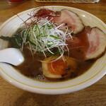KUCHE - 料理写真:らーめん NAGOMI(800円、斜め上から)