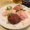 喜美松 - 料理写真:2012.8 れば刺(左下)、生がつ刺(右下)、こぶくろ刺(左上)、はつ刺(右上)、の盛り合わせ(1,300円)