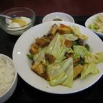 西遊記 - 揚げ豆腐の四川風炒め定食