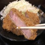 142760989 - 上キセキカツ定食(200g)。                       美味し。