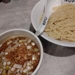 らーめん つけ麺 ノフジ - 料理写真:魚介醤油つけ麺(味薄め)