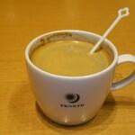 ライブラリーダイニング日比谷 - ホットコーヒー 319円(税込)