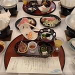 八幡平ハイツ - 料理写真:お食事