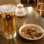 XI'AN - 「生ビール(左)」「よだれ鶏(小・右)」