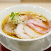Mugitomensuke - 料理写真:「蔵出し醤油そば」950円+炙りチャーシュー250円