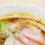 麦と麺助 - 「蔵出し醤油そば」950円+炙りチャーシュー250円