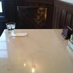 ウィンザー - 料理写真:こちらの席に座りました