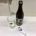 千曲食堂 - 瓶ビール500円、自分で抜いてね