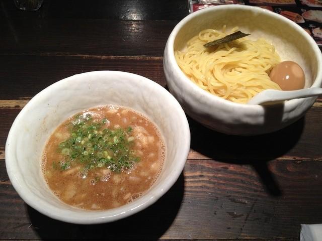 俺の空 池袋店 - 【2012/8】浸け豚そば(中)+味玉子