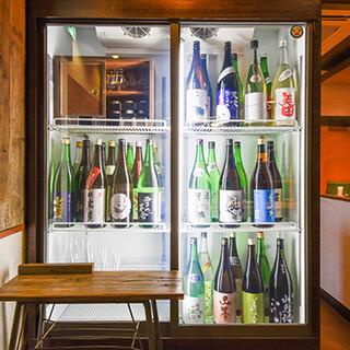 セルフBarで日本酒を気軽に楽しめる♪30種が飲み放題!
