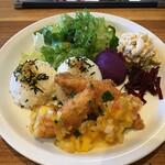 アロハテーブル - 白身魚のフライマンゴーチリソース