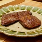 肉割烹 上 - ☆ハラミちゃんを丁寧に炭火焼き☆