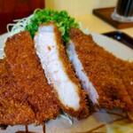 142835409 - 大味噌とんかつ定食(みそ別添え)