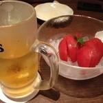 14286573 - 冷やしトマトと烏龍ハイ