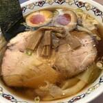 春木屋 - 人気No.1 わんたん麺