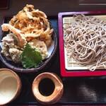 虚空蔵 - 料理写真:天ぷら付き・せいろそば1370円→900円