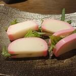蕎麦切り くろ - 板わさ ¥550