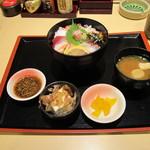 はなの舞 - 海鮮丼ランチ880円