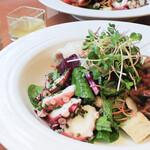 Restaurant Garden - 【野菜・ハーブ・ドレッシング】にこだわった体に優しいお野菜を味わえる「ファーマーズランチ」
