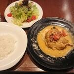 キャプテンズクック・アズーロ - 若鶏の白ワイン煮込¥1250-